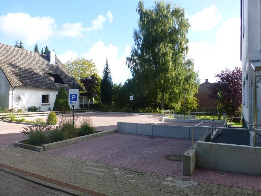 03-parkplatz
