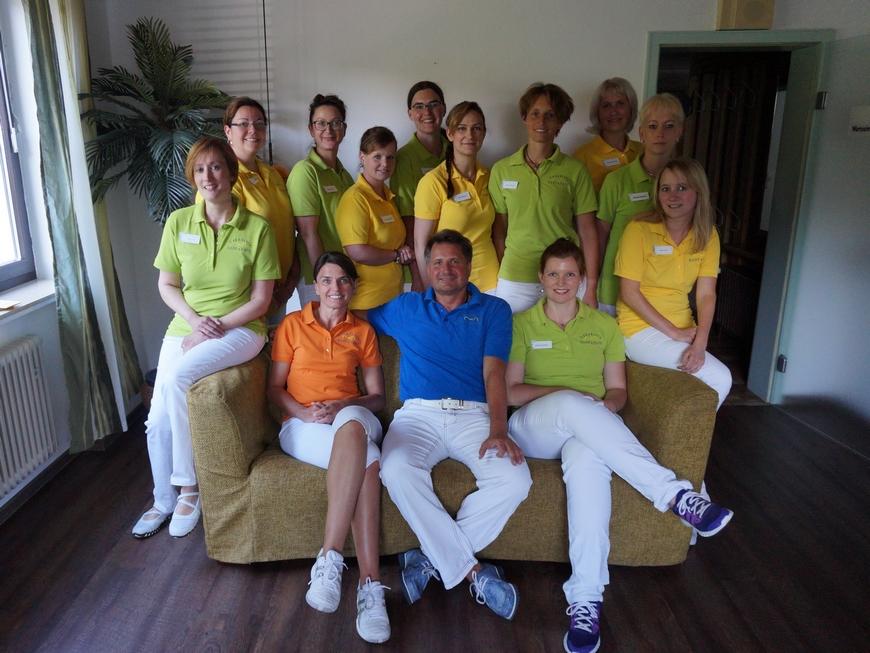 12-team